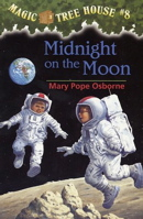 Midnight On The Moon (Magic Tree House 8, paper)